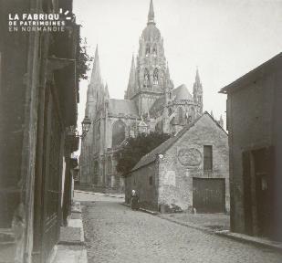 Bayeux, Cathédrale, côté est