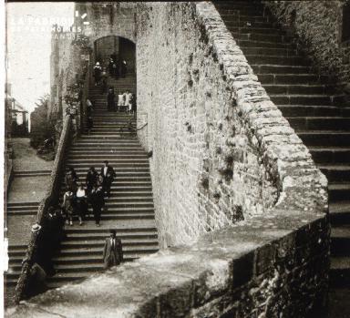 Mont St Michel le grand escalier