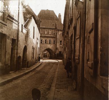 Mortagne Le portail st Denis