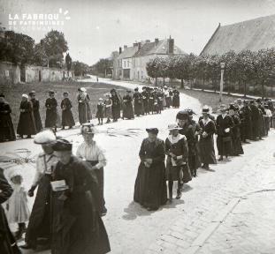 Pervenchère Procession 1920 12