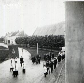 Pervenchère Procession 1920 14