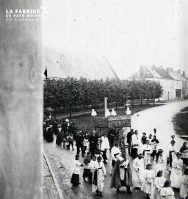 Pervenchère Procession 1920 15