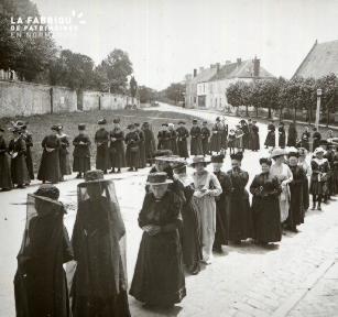 Pervenchère Procession 1920 4