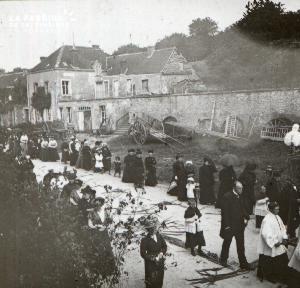 Pervenchère Procession 1920 7