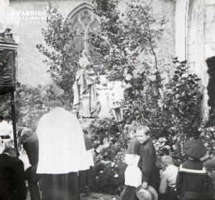 Pervenchère Procession 1920 9