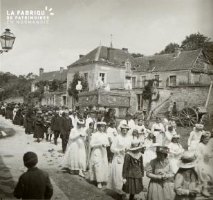 Pervenchère, les processions, 1920