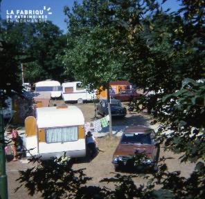 1976 août. 15 Port, camping
