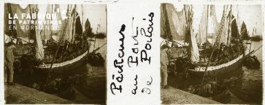 B001 Belle-Ile-en-Mer, pêcheurs dans le port du Palais