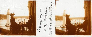 B001 Sauzon, à la terrasse de l'Hotel du Phare