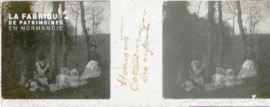 B002 Harcourt, collation des enfants