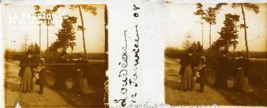 B002 Loudéac, groupe en promenade, jan 1908 2