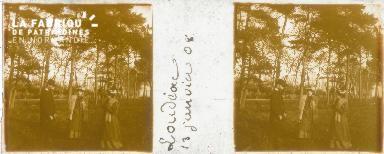 B002 Loudéac, groupe en promenade, jan 1908