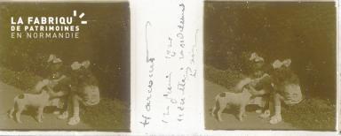 B004 Harcourt, Minette et Madeleine