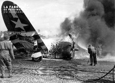 P-47 Thunderbolt en flammes
