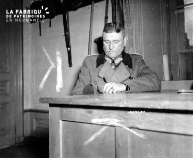 Portrait du général-major Robert Sattler prisonnier