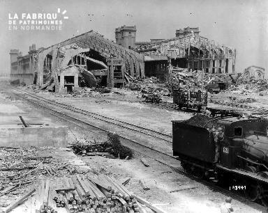 Les ruines de la gare maritime