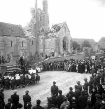 Commémoration à Rots