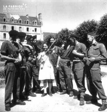 Les soldats gallois et la violoniste à Villiers-le-Sec