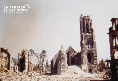 Eglise Notre-Dame de Saint-Lô en ruine