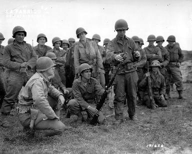 Entraînement d'un groupe de soldats américains