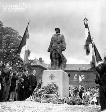 Commémorations devant la tombe du soldat inconnu