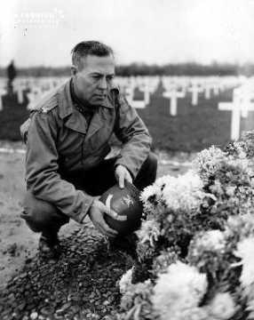 Colonel Williams D. Bridges au cimetière de Colleville-Sur-Mer