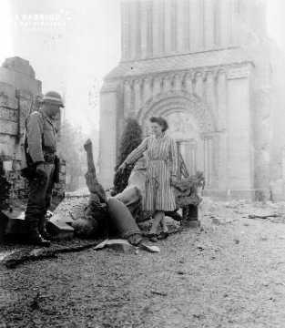 Monument aux morts détruit