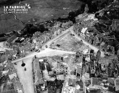 Vue aérienne de Trévières en 1944