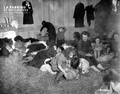 Réfugiés au centre d'accueil