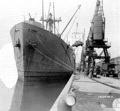 Cargo en cours de chargement au Royaume-Uni