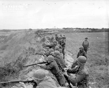 Soldats américains en position de combat