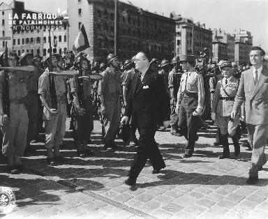 Le 29 août 1944, défilé militaire à Marseille.