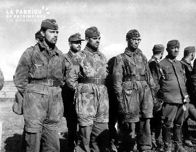 Officiers allemands prisonniers en 1944