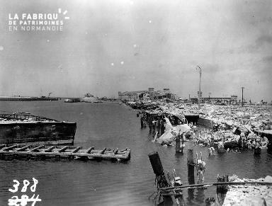 Ruines du port de Cherbourg