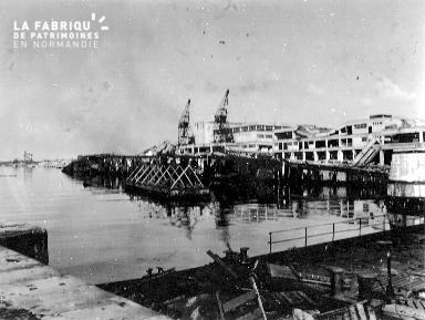 Ruines de la gare maritime de Cherbourg
