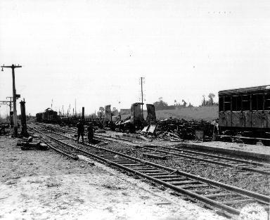 Train bombardé en gare de Lison