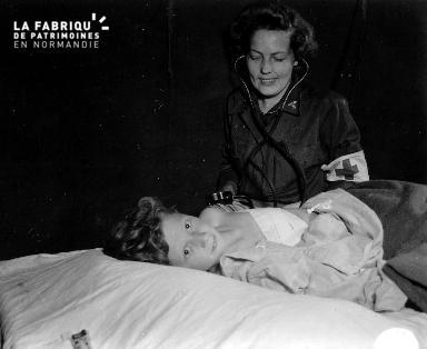 L'infirmière et la petite fille