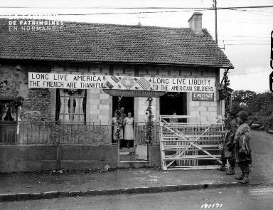 Longue vie à l'Amérique, vive la liberté, les Français sont reconnaissants envers les soldats américains