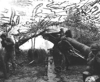 Artilleurs américains au combat