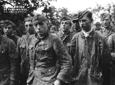 Prisonniers allemands SS mécontents