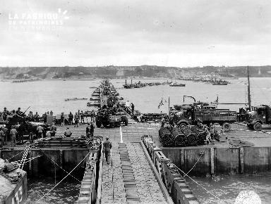 Port artificiel d'Omaha Beach avant les dégâts causés par la tempête
