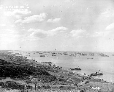 Batiments et véhicules militaires, secteur Omaha beach