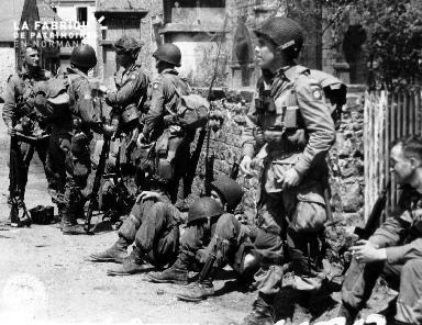 Soldats de la 508th PIR de la 82nd US Airborne à Ravenoville.