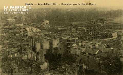 Caen Juin,Juillet 1944- Ensemble vers le grand Cour