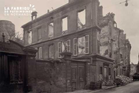 Caen detruit_1944_82, rue de Geole_station Pomologique_M. Mocquot, directeur