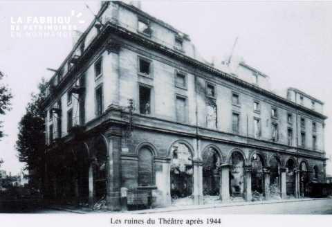Caen detruit_1944_ruines du Theatre