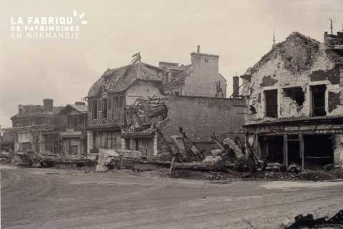 Caen detruit_1944_rue de la Gare