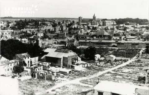 Caen detruit_1944_arriere du cinema Select_rue de l'Engannerie