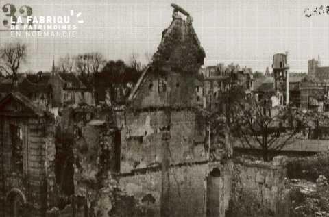 Caen detruit_1944_rue des Jacobins
