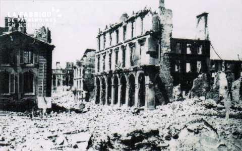 Caen detruit_1944_extremite rue St Jean _place Alexandre III